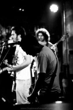 Grupo Nostalghia Rock indie alternativo