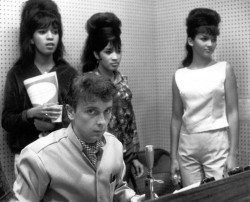 Phil Spector y The Ronettes