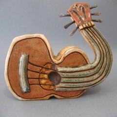La Guitarra de cerámica o cómo vender hoy en día un grupo de Rockabilly