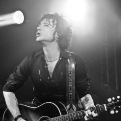 Bunbury cancela cuatro conciertos de su gira española